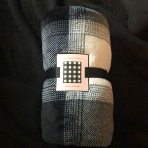 Victoria secret blanket
